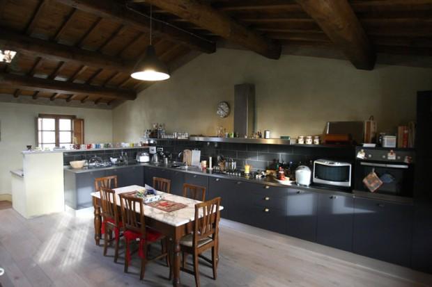 L\'appartamento Olivo dispone di due camere, soggiorno e cucina
